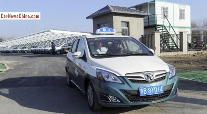 Ab sofort fahren 200 Elektro-Taxis in Peking