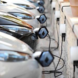 Renault ZOE lädt (Quelle: Renault ZE auf Facebook)